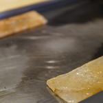 肉のヒマラヤ Teppan - 鉄板の岩塩