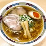 92747390 - 煮干しらーめん 薄口醤油(税込780円)