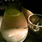 もつ屋 良蔵商店 - 冷酒(日本酒。銘柄不明)