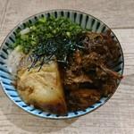 麺ガレージ 肉ヲ見ル - ミニチャーシュー丼 200円