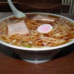 仙台屋食堂 - 中華そば 600円