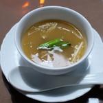 榮林 - フカヒレとエノキ茸のスープ
