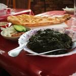 パクカレーレストラン - パラクゴーシュト(ほうれん草とマトンのカレー)のセット