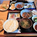 天丼屋 ひで - 料理写真:日替定食 850円