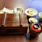 富松うなぎ屋 - ■せいろ蒸し(特上)3300円