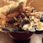 味処 旬風 - 天丼アップ180°回転