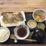 揚げたて天ぷら はまだ - 料理写真:おすすめ天ぷら御膳@880