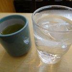 9277892 - お水とお茶
