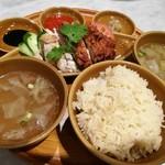 シンガポール 海南鶏飯 - 看板メニューの海南鶏飯