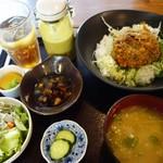 こめ太郎 - (2018/7月)マジ丼「天恵菇丼」