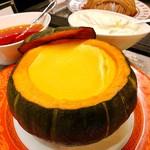 ソマーハウス - かぼちゃプリン@カラメルソースと生クリームはお好みで