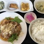 中華食堂 わか - 料理写真:油淋鶏ランチ
