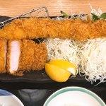 かつ久 - 料理写真:ジャンボ海老と平牧三元豚ロースかつ定食2,280円