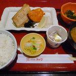9279549 - 焼き魚2品の定食