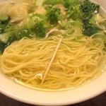 鼎泰豐 - 麺の細さ^^