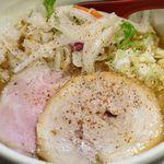 92796787 - 鶏白湯塩麺、醬油味