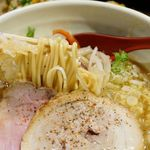 92796795 - 鶏白湯塩麺、醬油味