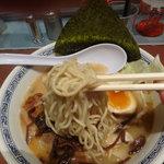 熊本ラーメン ひごもんず - 麺リフト