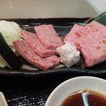 焼肉・鉄板焼ステーキ 橘通りミヤチク -