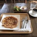 カフェ ドミトリ -
