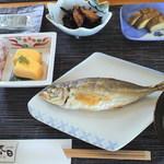 あぶりの湯 ペンションふじや お食事処 春日 - 朝食