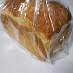 食パン専門店 利 - プレミアム食パン「芳」          はな
