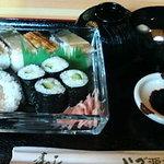 いづ源北店 - 日替わりサービスランチ(750円 鯖、穴子のばってら、吸い物付き)