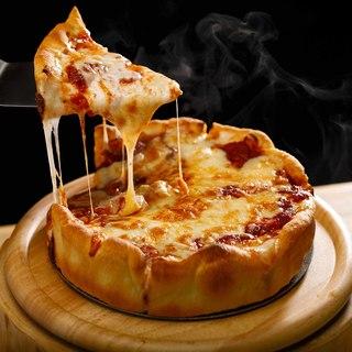 日本初窯で焼きあげるシカゴピザ