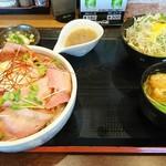 炭火焼豚丼 信玄 - 料理写真: