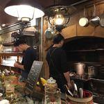 GRILL HIRO - 店内(厨房)