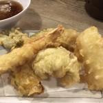 魚漁 - 天ぷら5種盛り(アップ)♪