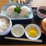 いかやき 福寿草 - いか刺し定食 880円