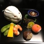 92847747 - 八寸(どじょうの蒲焼き、いくら、サーモン長芋茶巾、海老など)