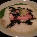 鳴尾山芋研究所 ラーメン部 - 料理写真:濃にごりプラスどろどろ