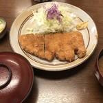 山城屋 - ロースかつ定食