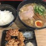 隆勝 - 醤油中華そばL + 鶏唐揚げ ライスセット