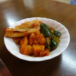 食道園 - 料理写真:キムチ盛り合せ