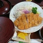 天草 - ロースとんかつ定食 880円