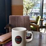 タリーズコーヒー - お気に入りの席^ ^端っこ