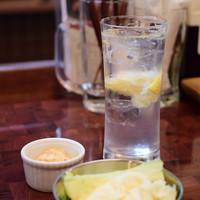 神楽坂からあげ製造所-【サクのみセット@税込1,080円】ドリンクは、レモンサワーをチョイス