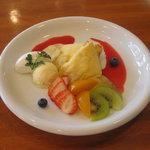 欧風菓子ソムリエ - おいしいクレープ    (喫茶限定)