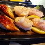 にぎり長次郎 - 料理写真:炙り三昧…460円(税別)