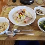 10ZEN - 日替わりランチ☆鶏肉と根菜のポトフ