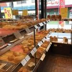 つっちゃまのあんぱん - いろんなパンがありますよ、全体的にはファミリー向けですね(2018.9.17)