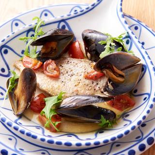 玄界灘に面した福津の食材を使ったイタリアンを美しい器で愉しむ