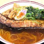 談合坂サービスエリア(下り線)麺コーナー - 吉田流骨付き豚バララーメン