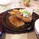 ガスト - ハンバーグと若鶏の竜田揚げ味噌汁セット