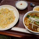 唐朝刀削麺 - チャーハン・麺セット 1430円 麺は8種類から選べてパイコー麺。