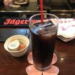 sanji - アイスコーヒー   お花のコースターがキュートෆ̈