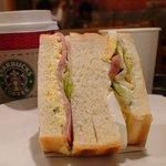 929379 - ハム&エッグサンドイッチ